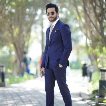 Wahaj Ali to Come Back on the Screens with Neelam Munir for Bikhray Moti