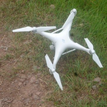 ‪Pakistan Army troops shot down an Indian spying quadcopter