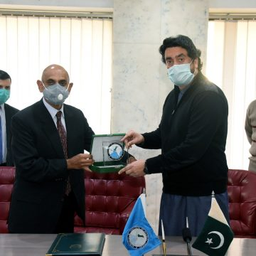 Kashmir Committee, IRS sign cooperation agreement to help build strong narrative on Kashmir dispute