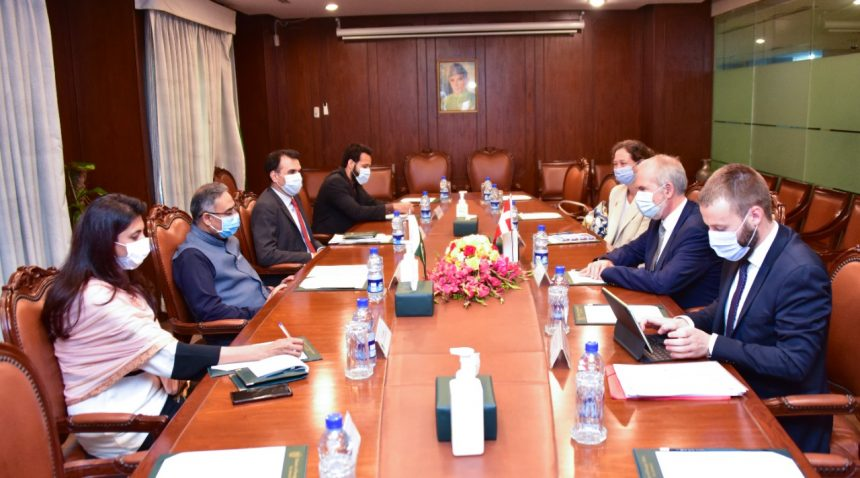FS Mahmood outlines Pakistan's perspective on addressing critical issue of Climate Change